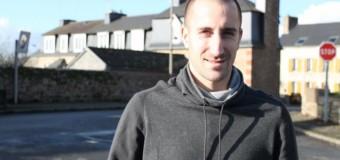 Guingamp(22): Lionel Mathis, Eh oui, en plus d'exceller au ballon rond, il n'est pas maladroit à la boule bretonne…