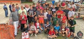 Inzinzac-lochrist(56): 330 boulistes au concours de la Boule lochristoise