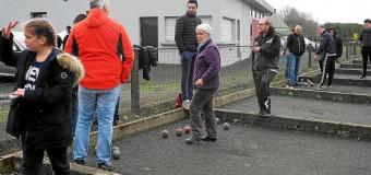 Louargat(22): Boule bretonne, top, la matinée découverte