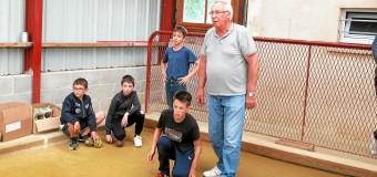 Pluduno(22): Tap, les enfants initiés à la boule bretonne