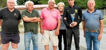 Lannebert(22): Concours de boules chez Martine,186 joueurs sur trois jours