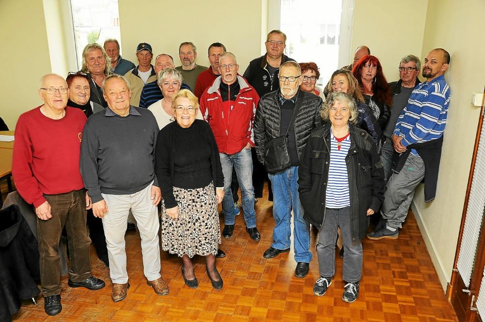 Une partie de l'équipe de la Boule de la Rivière, samedi 16, à l'issue de l'assemblée.
