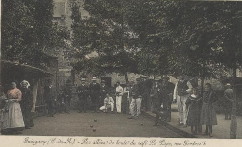 1920_22_GUINGAMP Café Le Pape02
