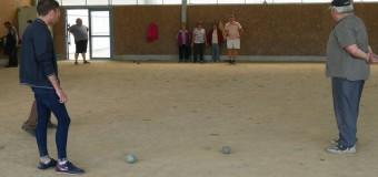 Locunolé(29): La boule bretonne pour garder le lien