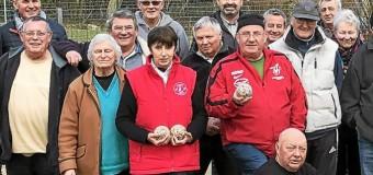 Saint-Avé(56): Les boules bretonnes de Saint-Avé remisées au placard cette saison