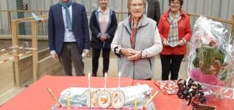 Lamballe(22): Denise, 100 ans, toujours en forme, toujours à jouer à la boule bretonne