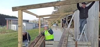 Silfiac(56): Au boulodrome, une charpente en bois va recouvrir un deuxième terrain