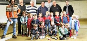 Saint-Jean-du-Doigt(29): Une journée bretonne de fin d'année pour les écoliers