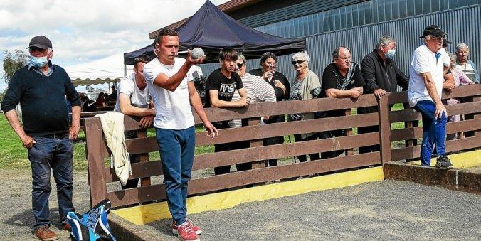 Avec la présence de 148 joueurs, le concours organisé samedi dernier par l'amicale bouliste a remporté un beau succès populaire.