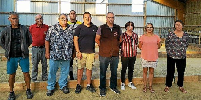 Le bureau et des membres du club UBDC présents samedi au boulodrome de Trévou-Tréguignec