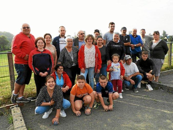 L'ambiance est toujours aussi conviviale lors des entrainements de l'école et du club de boules de l'association Bouloù Breizh Louergad