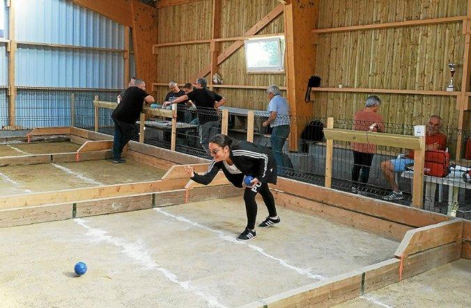 L'équipe féminime de l'UBDC se prépare à recevoir l'équipe Plestin2 au Boulodrome de Trévou-Tréguignec